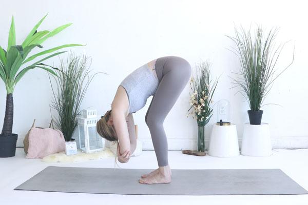 Dangling is a great yin yoga pose